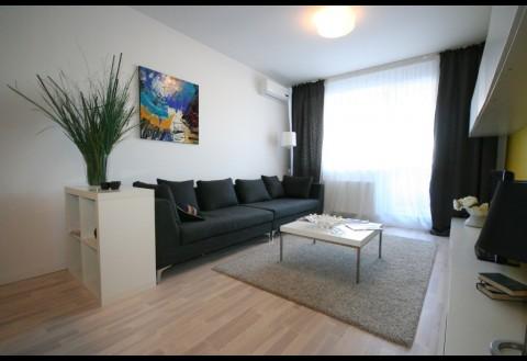 Apartament cu 5 camere de vanzare in zona Baneasa