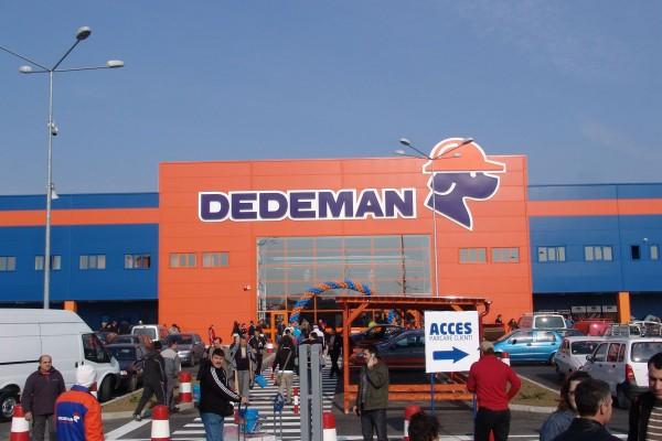Rețeaua Dedeman la magazinul cu numărul 42